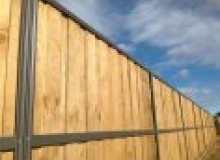 Kwikfynd Lap and Cap Timber Fencing afterlee
